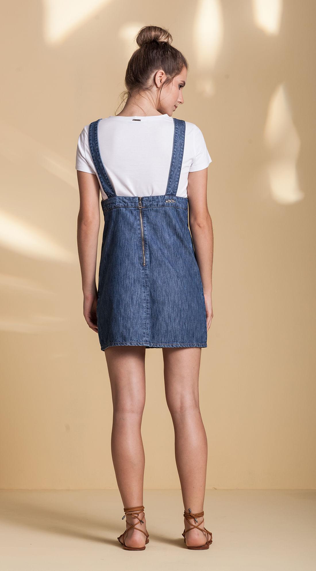 Jardineira Jeans Com Bordado Frente Jeans - leboh e602336fe76