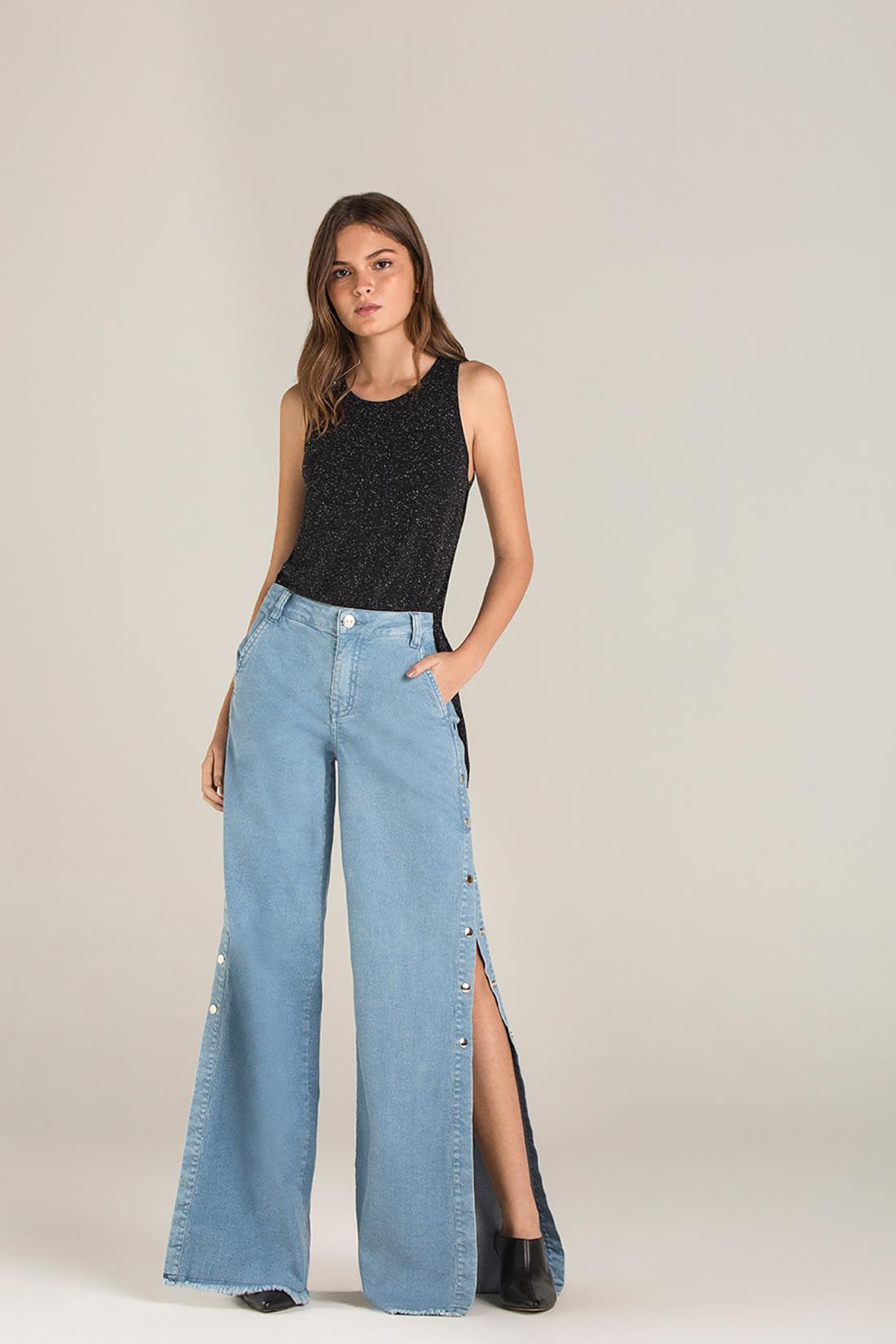 162afcbb4 Calca Pantalona Cos Intermediario Botao Lateral Jeans
